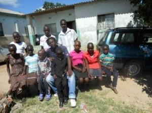 Zimbabwe - Lance con i figli